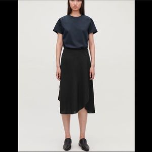 COS Mid length overlapping skirt midi